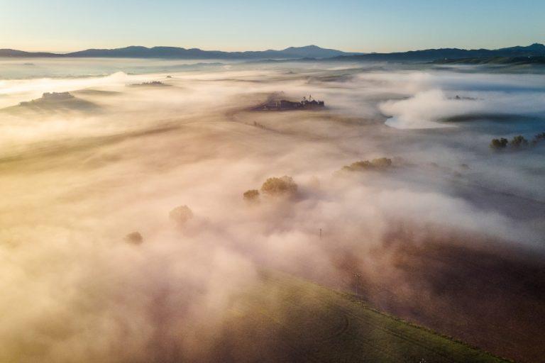 Vue de drone par Marc au dessus des nuages